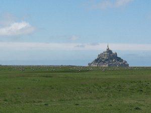 Le Mont St Michel qui se rapproche